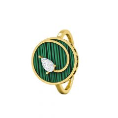 Style Struck Ring, in 18 K yellow gold and green Mother of Pearl
